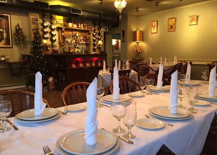 Restaurant Ermitage - cuisine européenne, cuisine russe, déjeuner, dîner, table d'hôte, desserts, digestif, cognacs