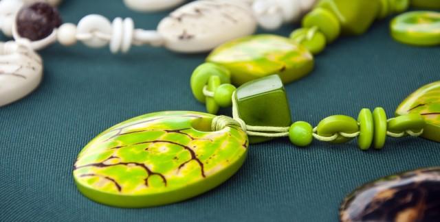 Pourquoi acheter des bijoux écologiques?
