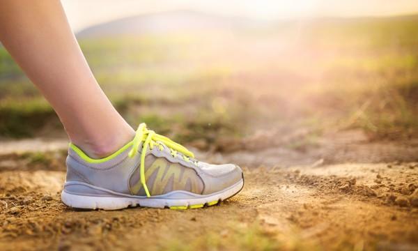 Comment Et Sport Nettoyer Trucs Les Chaussures De Ceintures xInwPqT4TC