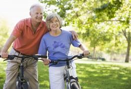 3 façons dont lesvélos à assistance électriqueaident les aînés