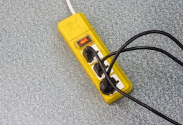 Lorsque la maison buzze… Lumière sur le bruit électrique!