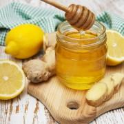 Soignez vos maux de gorge naturellement