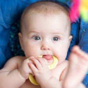 Des dents de bébé en santé : un cadeau pour la vie