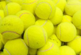 Comment donner de l'effet à une balle de tennis