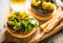 Burgers de dinde à la moutarde à l'ancienne et au miel