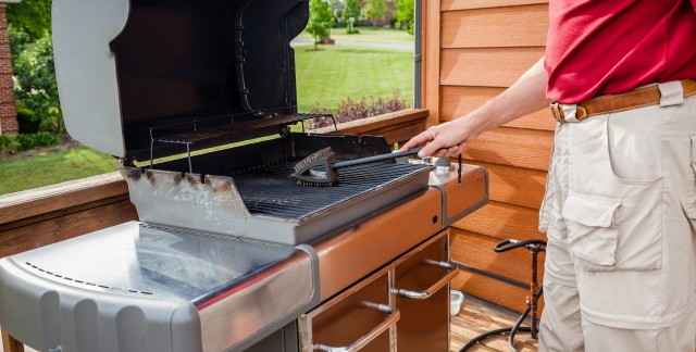 5 m thodes pour nettoyer votre barbecue trucs pratiques - Nettoyer grille barbecue rouillee ...