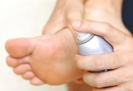 Y a-t-il un remède contre la transpiration des pieds?