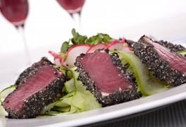 Recette de steaks de thon poêlés et sauce aux herbes