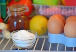 Comment éliminer la mauvaise odeur dans votre frigo