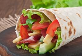 Recette ultra rapide de pitas de poulet à la grecque