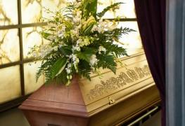 Les fleurs funéraires, en souvenir de la personne décédée
