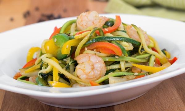 Recette de sauté de crevettes et de légumes