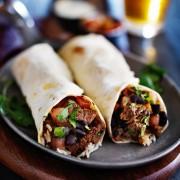Burritos de style mexicainau bœuf auxfèves noires