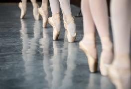 5 raisons indiquant que votre enfant devrait prendre des leçons de ballet