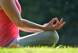 La méditation aide à soulager l'anxiété: 4 exemples