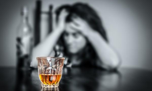 Pourquoi sommes-nous tristes après avoir bu?
