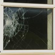 Solutions faciles pourréparer des vitres fissurées ou brisées