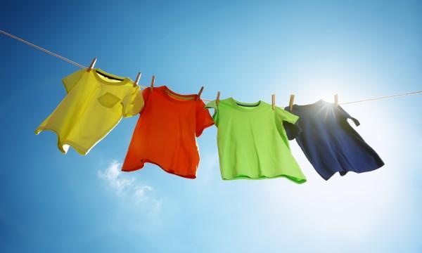 3 conseils de lessive pour garder vos vêtements comme neufs