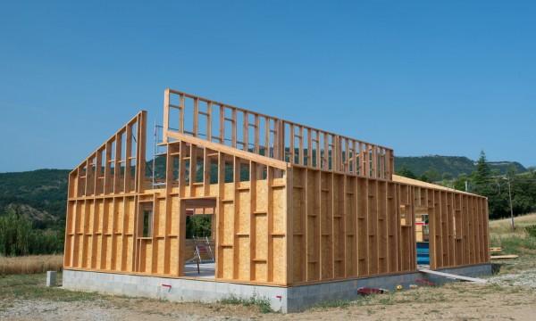 DevriezVous Construire Ou Acheter Votre Prochaine Maison  Trucs