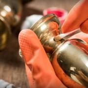 Nettoyants maison pour métaux