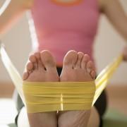 4 exercices que vous pouvez faire avec desbandes élastiques,à la maison ou sur la route