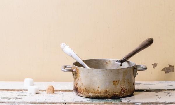 Nettoyants naturels et sans danger pour le verre et les métaux