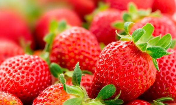 comment tirer profit des bienfaits nutritionnels des fraises trucs pratiques. Black Bedroom Furniture Sets. Home Design Ideas