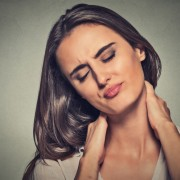6 façons d'éviterles douleurs au cou