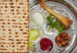 4 idées pour décorer la table familiale pour le Séder