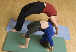 Évitez les blessures graves avec ces 5 meilleurs postures de yoga pour les coureurs