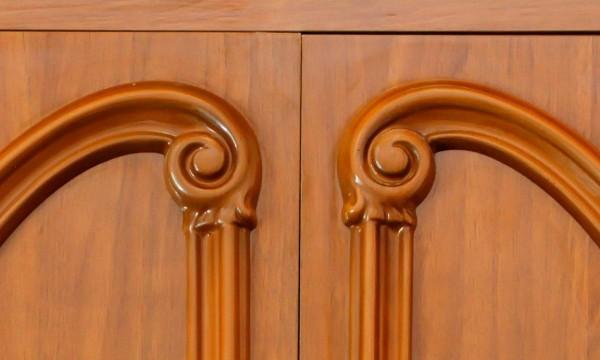 comment nettoyer un meuble vernis au tampon cool dcaper un meuble vernis with comment nettoyer. Black Bedroom Furniture Sets. Home Design Ideas
