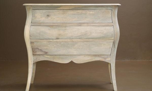 4 trucs faciles pour nettoyer vos nouveaux et vieux meubles trucs pratiques. Black Bedroom Furniture Sets. Home Design Ideas