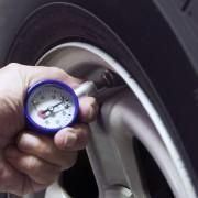 Bien tenir compte d'un facteur capital: la pression des pneus