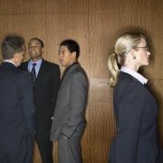 Devriez-vous poursuivre votre employeur pour discrimination sexiste?