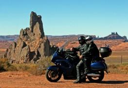 4 conseils de sécurité pour faire de la moto à deux