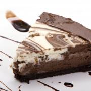 Gâteau auchocolat noir et aux framboises