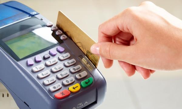 Comment protéger votre carte de débit des voleurs