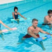 4 façons dont l'eau peut soulager les douleurs liées à l'arthrose