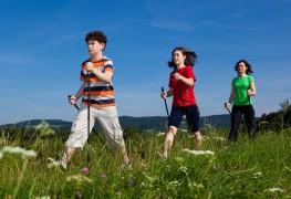 8 façons ingénieuses de demeurer actifs en famille