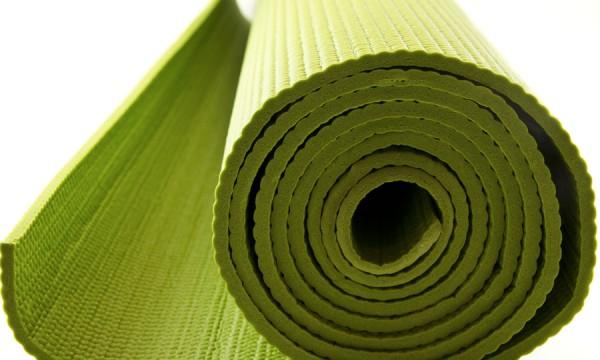 Les meilleurs accessoires pour perfectionner votre pratique du yoga
