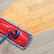 4 solutions faciles et efficaces pour des planchers étincelants