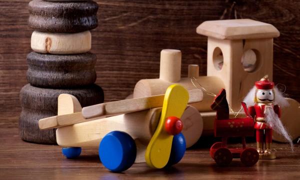 Craquez pour les jouets en bois