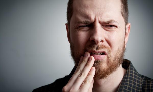 Remèdes maison pour soulager des maladies dentaires fréquentes