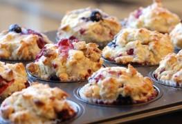Une recette simple pour des muffins à l'avoine et aux bleuets