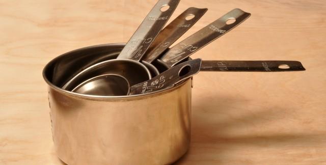 Transformez vos ustensiles de cuisine en jouets pour les enfants