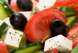 Recette de salade grecque avec des pois chiches
