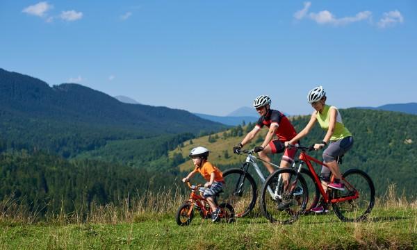 Parcourez les plus belles pistes cyclables du Canada