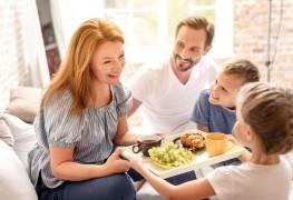 Un déjeuner au lit pour la fête des Mères: cuisiner avec petits et grands