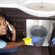 12 questions importantes à poser lorsque vous appelez un plombier