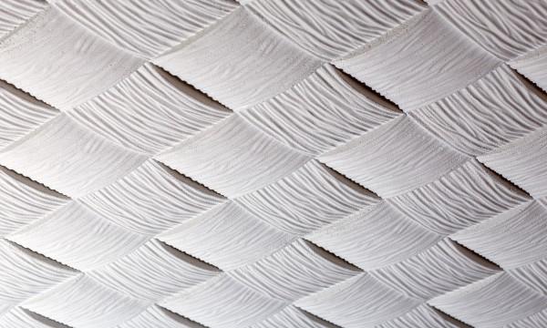 Comment remettreen place des dalles de plafond